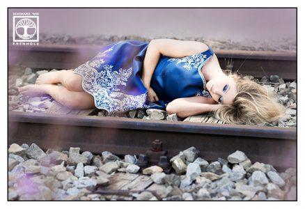 heartache, singlelife, new_start, new_beginning, enjoy_life, rail photoshoot, railway photoshoot, railroad photoshoot