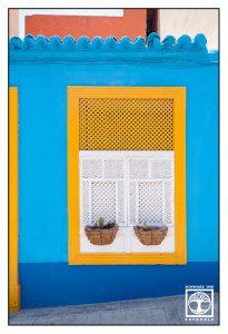 yellow window, blue wall, Santa Cruz de la Palma, La Palma, Santa Cruz