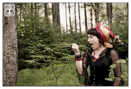 funny outtakes photoshooting, gypsy photoshooting, forest photoshooting