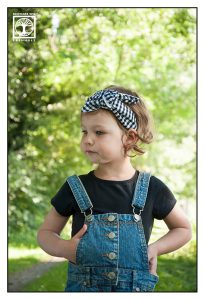 little girl, little girl overall, child photoshoot, kids photoshoot, children photoshoot, little girl photoshoot