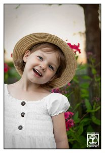 little girl with hat, little girl, cute girl, child photoshoot, kids photoshoot, children photoshoot, little girl photoshoot