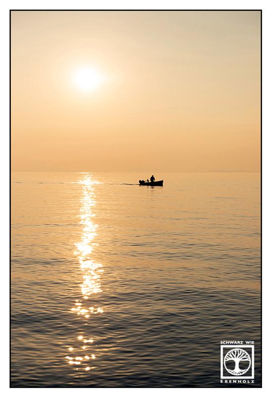 Italy, Lazise, Italia, sunset, lago di Garda, lake garda, boat sunset, boat lake Garda, yellow