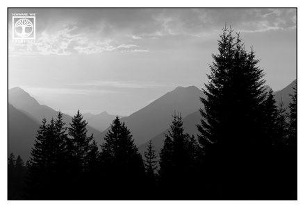 Sonnenuntergang Berge, Ehrwald, Österreich, schwarzweiss, berge schwarzweiss, schwarzweissfotografie