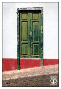 green door, green wooden door, la palma, santo domingo, garafia