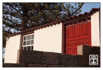 La Palma, San Andres, red wooden door, red door