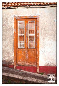 yellow window, yellow door, old door, santo domingo, garafia, la palma