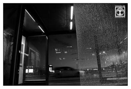 Malmö, Hyllie, Schweden, Langzeitbelichtung Nacht, Langzeitbelichtung Auto
