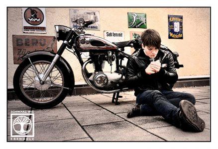vintage photoshoot, james dean photoshoot, retro photoshoot, Tübingen, motorbike photoshoot