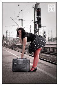 vintage photoshoot, polkadot photoshoot, train photoshoot, train station photoshoot, trip photoshoot, Stuttgart, Stuttgart train station