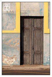 wooden door, blue wall, Tazacorte Puerto, La Palma, Tazacorte